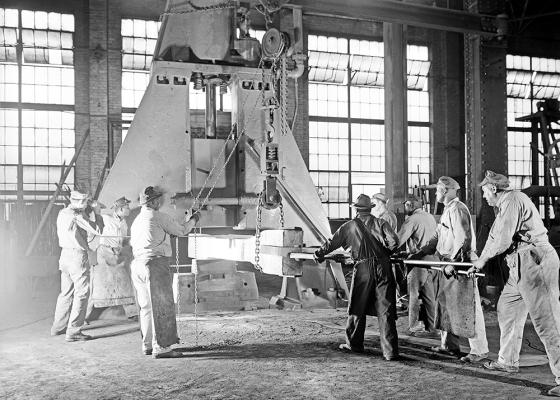 Niles-Bement-Pond Steam Hammer, Texas & Pacific Railway Company