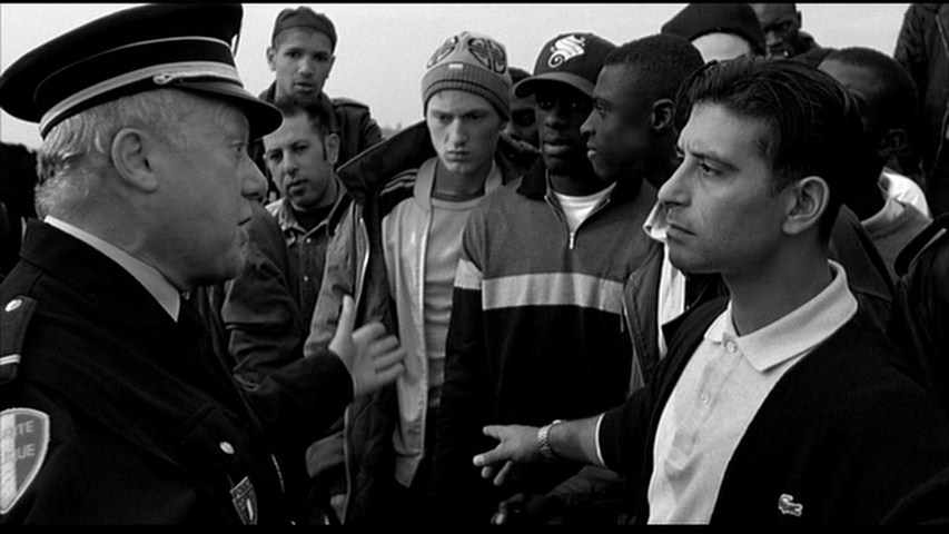 film review of la haine La haine is a memorable, in-you-face film from start to the chilling finale posted on may 1, 2002 january 4, 2014 author kevin categories movie reviews post navigation.